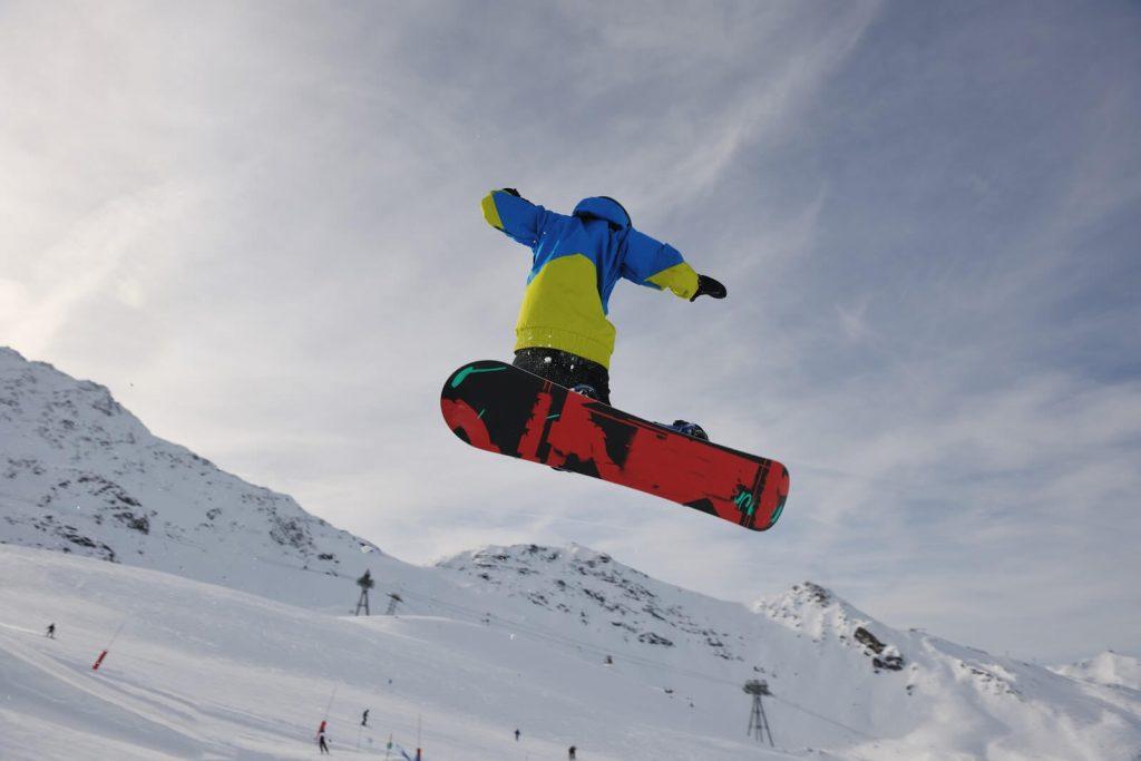 Sporturi de iarnă pentru copii