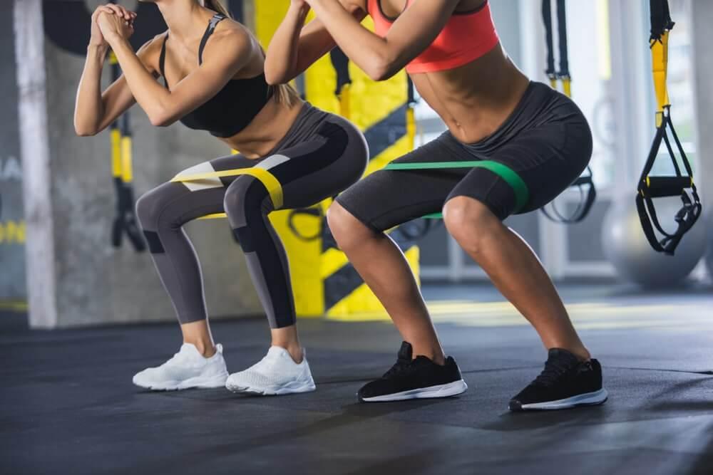 Ținuta sport - 50 de idei. Ce să porți ca să previi supraîncălzirea și accidentările la antrenament