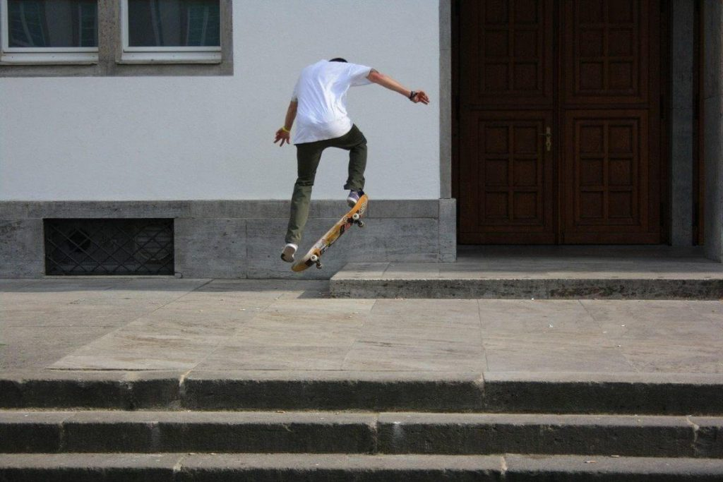 Shove-it trick - cum se face această mișcare?