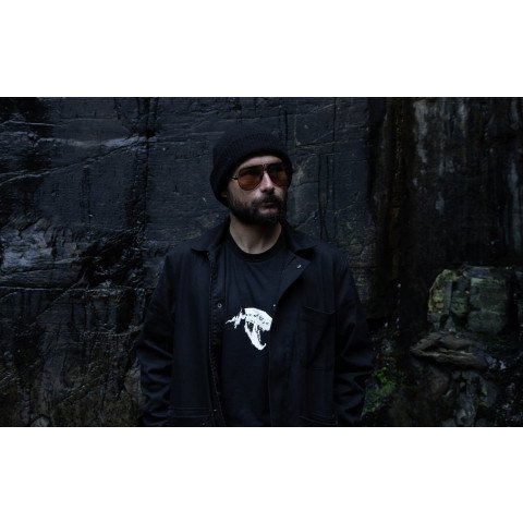 Tricou Unisex Globe Dion Agius Hollow - Black