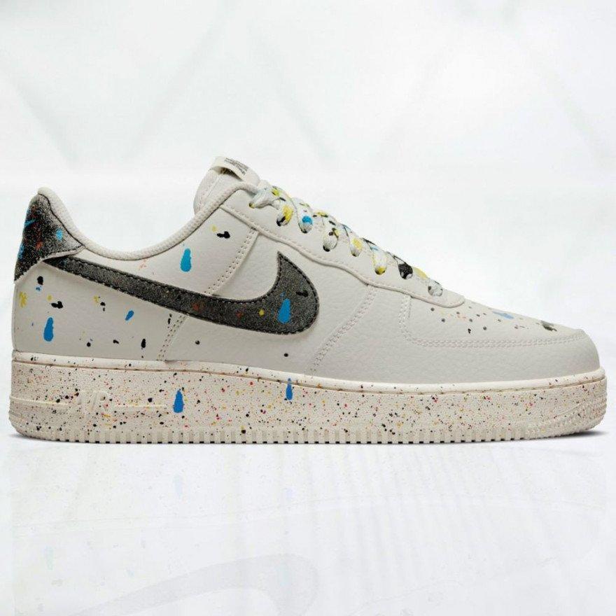 Sneakers Nike Air Force 1 '07 LV8 - Light Bone Black Sail